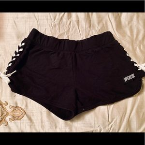🖤 NWOT PINK by VS laced up side cotton shorts🖤